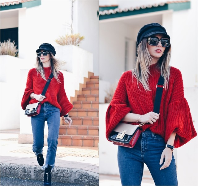 A colorful look for these last winter days. I combined a red jumper with wide sleeves, blue jeans and a black hat.