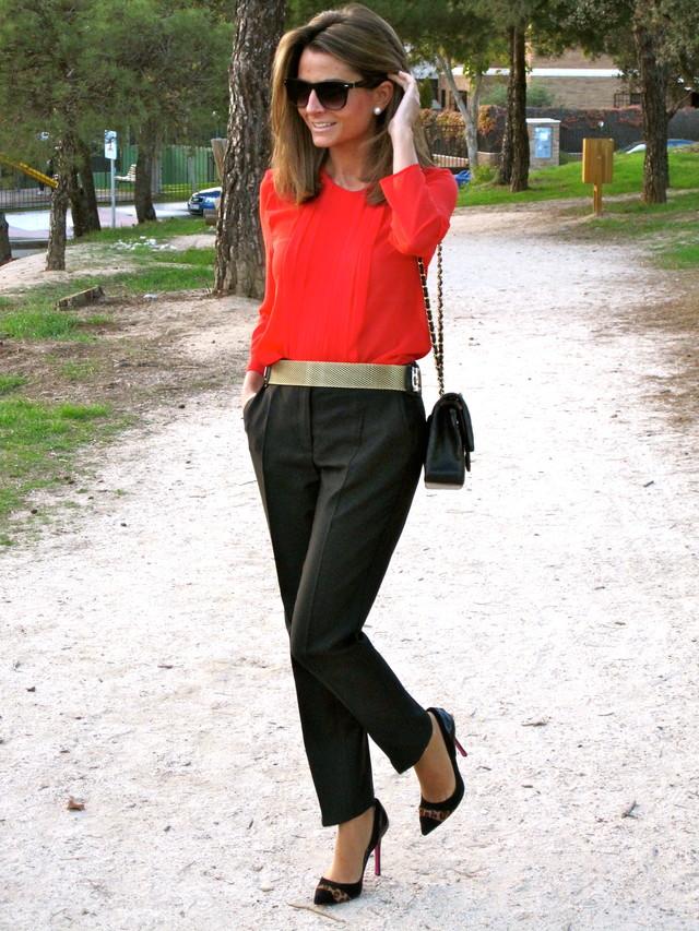 "Today´s Post : A Great Color <br /><br />Good morning everyone!!!! A great color…this is what I thought when I went to Mango and I showed this blouse !!!!! After that, I found the pants and I created the look. The belt (From Mango as well) and the Pilar Burgos shoes give to the look the ""Chic"" touch I like the result What about you? Do you like it???? Have a wonderful day!!!!! <br /><br />Visit my Post : ohmylooks.com/2012/10/a-great-color-un-color-precioso/ <br /><br />Giveaway : Pepaloves Bag!!!! Participate here: ohmylooks.com/2012/10/la-lola-moda-giveaway-win-this-pepaloves-bag-concurso-gracias-a-la-lola-moda-gana-este-bolso-de-pepaloves/ <br /><br />Post de Hoy : Un Color Precioso <br /><br />Buenos días a tod@s!!!!!!Un color precioso… Eso fue lo que pensé cuando fui a Mango y vi esta blusa por primera vez. Después encontré los pantalones negros y creé el look. El cinturón (también de Mango) y los zapatos de Pilar Burgos aportan el toque ""Chic"" al look !!!!! A mi me gusta el resultado… y a vosotr@s????? Que tengáis muy buen día !!!!!<br /><br />Visita mi Post : ohmylooks.com/2012/10/a-great-color-un-color-precioso/ <br /><br />Participa en el Sorteo del Bolso de Pepaloves Aquí : ohmylooks.com/2012/10/la-lola-moda-giveaway-win-this-pepaloves-bag-concurso-gracias-a-la-lola-moda-gana-este-bolso-de-pepaloves/"