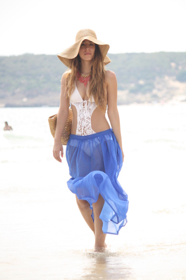 http://armodiart.blogspot.com.es/2012/07/t-r-i-f-2.html