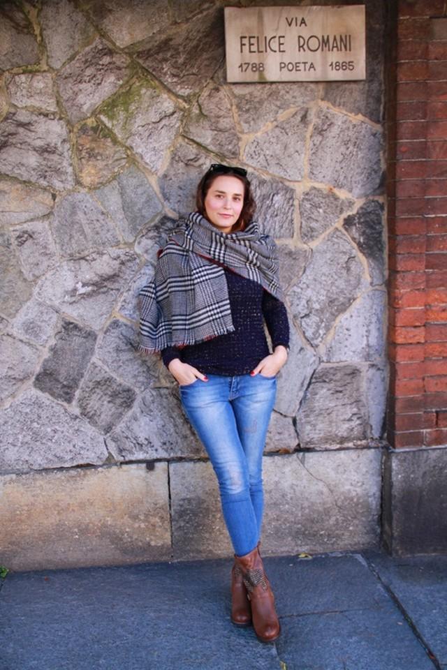 http://letiziabarcelona.com/2013/11/22/via-del-poeta/