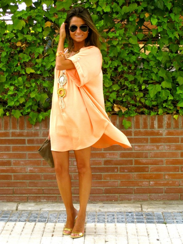 Good morning everyone!!!!!! Another month just arrived...Welcome September :)!!!!! The Dress  that I´m wearing today is from H&M, This is a very simple and fresh look , I love the color that it has :)Hope you like it, Have a wonderful day an keep enjoying the weekend!!!!!!! :)<br /><br />Visit the post: http://www.ohmylooks.com/?p=2215<br /><br />Buenos días a tod@s!!!!! Empezamos mes... Bienvenido Septiembre!!!!!!! El vestido que llevo es de H&M, Se trata de un Look muy simple y fresco, me encanta el color que tiene :) Espero que os guste!!!!!!! Que tengáis muy buen día y sigáis disfrutando del fin de semana!!!!!! :)<br /><br />Visita el post: http://www.ohmylooks.com/?p=2215